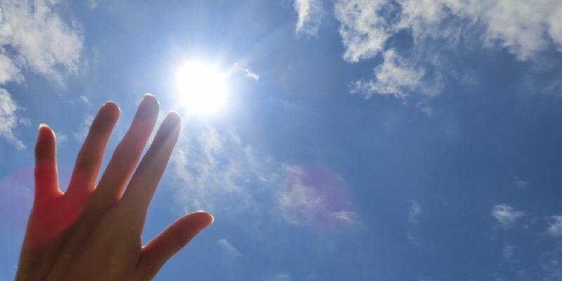 太陽直射日光紫外線イメージ